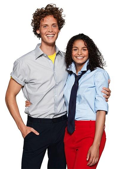 Hemd mit Krawatte, Bluse mit Halstuch - Bekleidung Büro